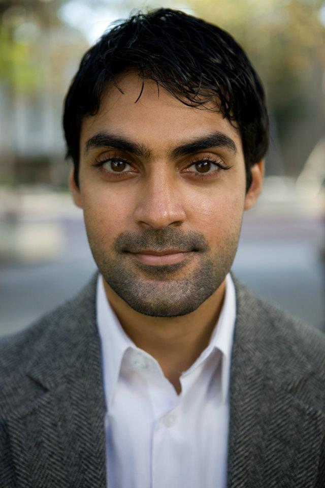 Faroyukh Virani headshot
