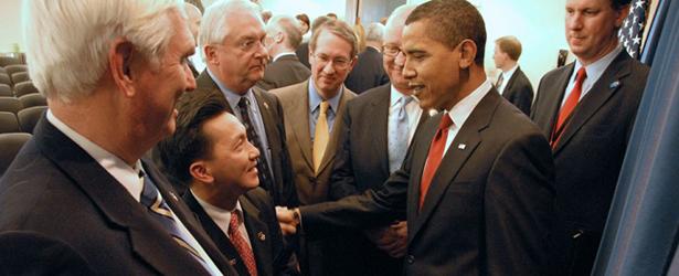 CAO_Obama-Handshake