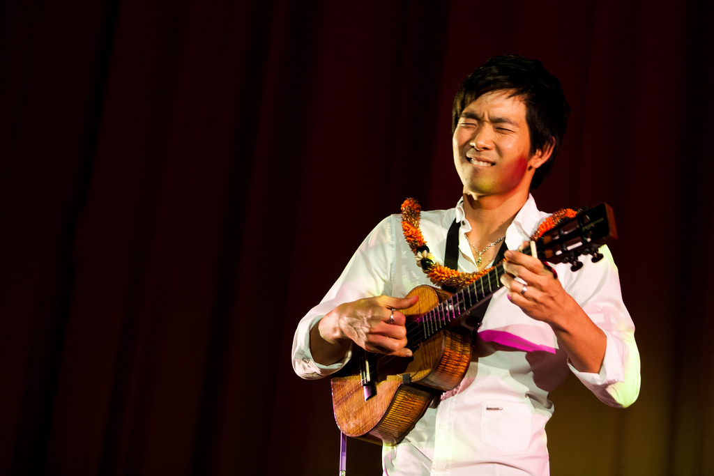 Jake_Shimabukuro_documentary_SFIAAFF30_performance_image_2
