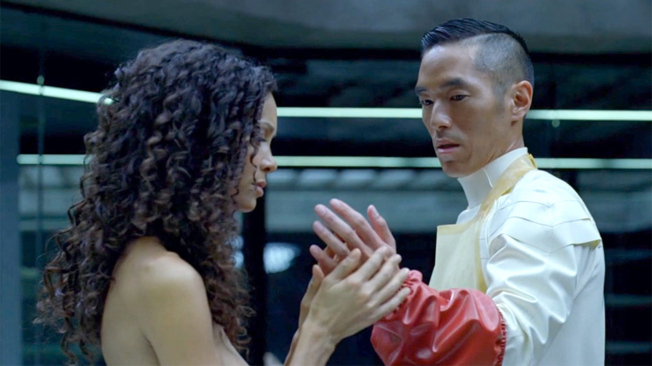 Leonardo Nam in Westworld.