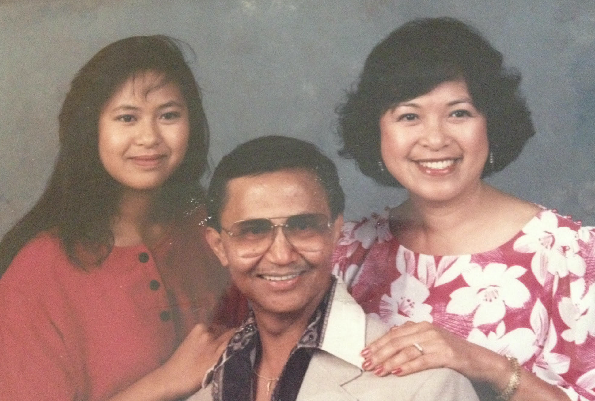 Marissa Aroy, her father Ben Aroy, and mother Marcy Aroy.